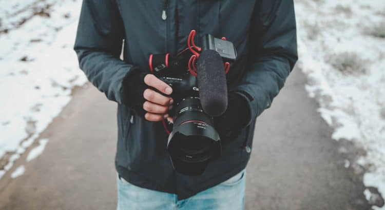 Best Vlogging Microphone Guide